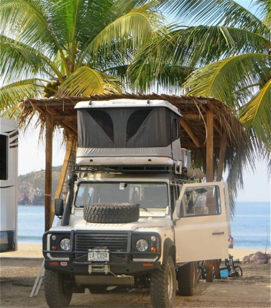 This rig belongs to a couple from Colorado who have just started a 3 month tour of Mexico.  Quite the outfitted rig.