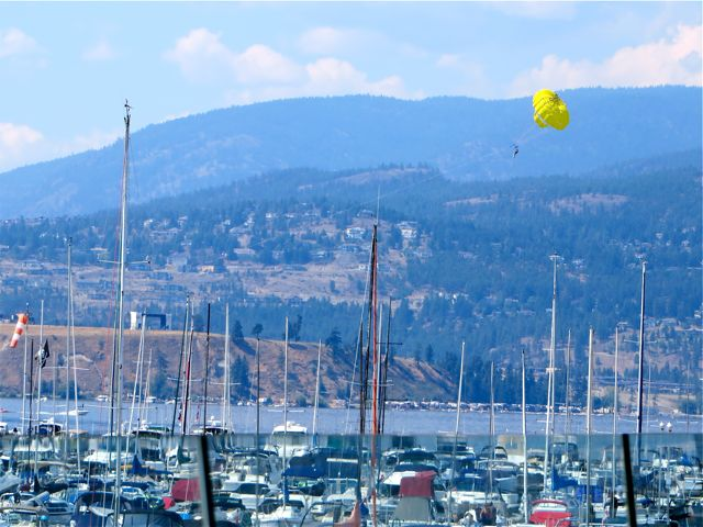 Lucky us, treated to yet another lunch at the Kelowna Yacht Club.  Colin has been hired to do photos for the architect and now finally the conditions are perfect.