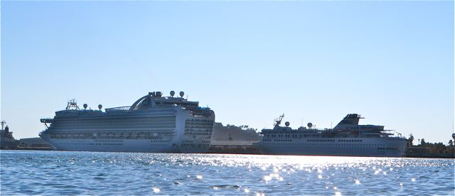 Last thursday the 24th as we crossed the shipping channel into Mazatlan we were surprised to see 2 cruise ships in dock.